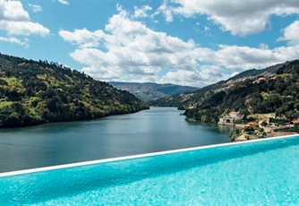 RIBA DOURO - Estadia de 1 Noite no Douro Royal Valley Hotel & Spa 5* + Programa From Douro, With Love!